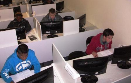 ao-2012-finals-4-hard-at-work-025