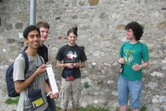 2012-09-23-sirmione-showing-off-the-first-geocache-of-the-trip