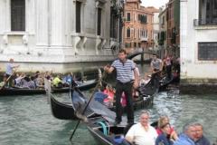 2012-09-28-venice-lotsa-gondolas