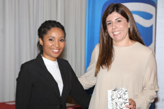 2019 PO Chanelle Booysen (Computer Olympiad) thanking Nicole Borges (Standard Bank) IMG_4370