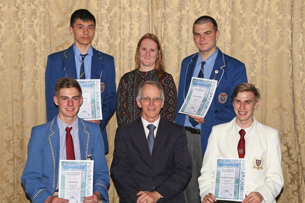 2017 PO Finalists from Gauteng with Michael Cameron (Manager, Computer Olympiad) and Marika Dunn (teacher Hoërskool Randburg) IMG_6427